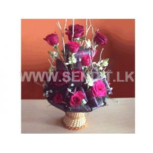 Ultimate 15 Red Rose Vase